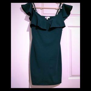 Dresses & Skirts - Emerald green off the shoulder dress preteens